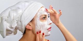 5 Masker Alami Yang Baik Untuk Wajah Berminyak