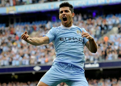 Aguero Celebrates a goal with City