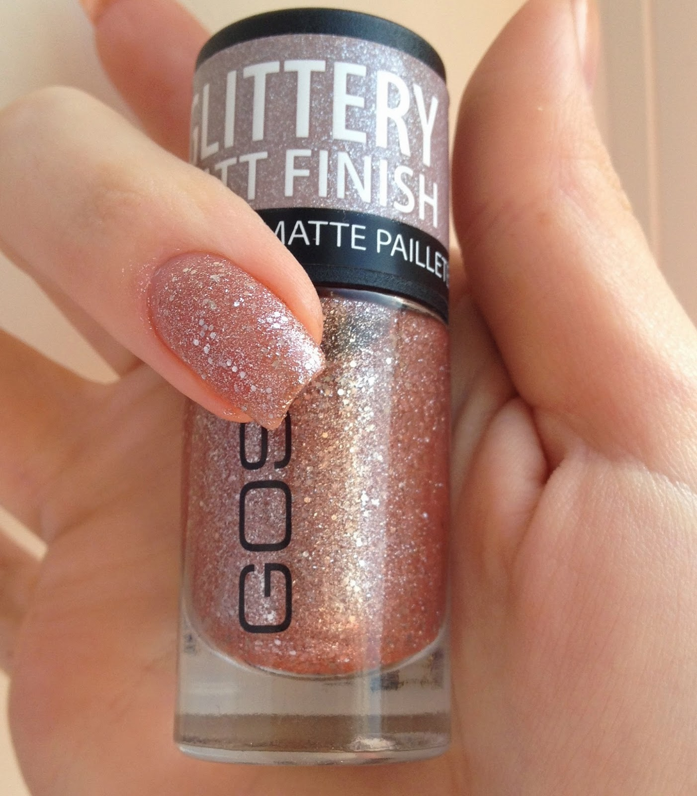 Photo -Jenn- ic: GOSH Frosted Nail Lacquer - Rose and Soft Coral