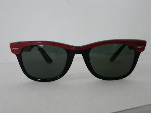 RARE - wayfarer bicolore rouge 80's - 105  euros