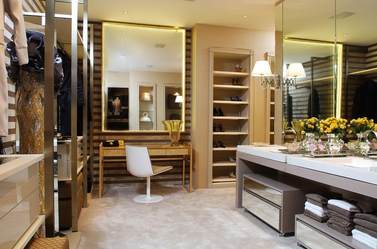 Construindo Minha Casa Clean: Closets Pequenos e Grandes com  #B29019 1200x792 Banheiro Com Closet Integrado Pequeno