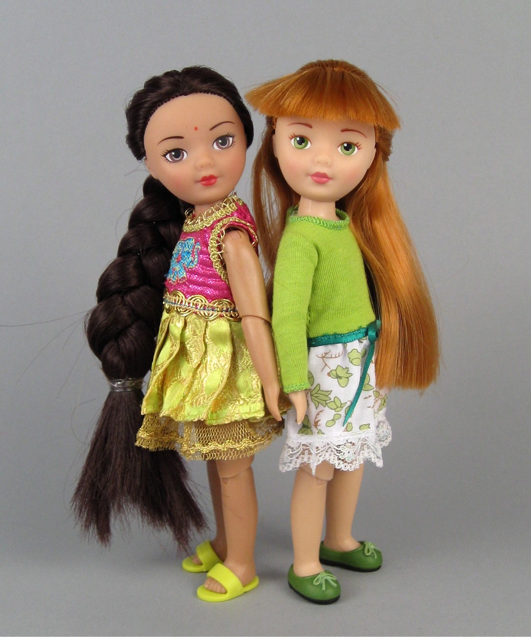 "Madame Alexander ""Travel Friends"" dolls"