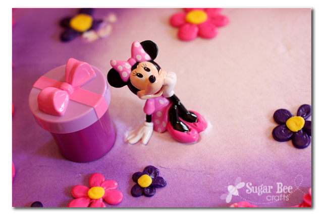 Minnie+Mouse+Cake.png