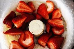 Strawberry Coconut Macaroons Recipe