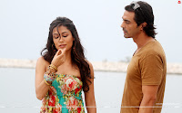 Chitrangda Singh lears how to wisel from Arjun Rampal