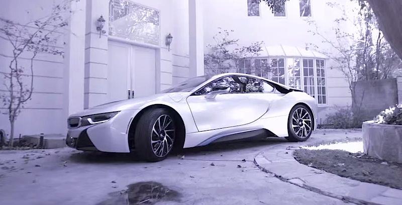 X Japanのyoshikiが愛車のbmw I8に乗ってインタビュー!|idea Web Tools ȇ�動車と