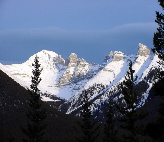 World Beautiful Places And Hotels Canadian Rockies