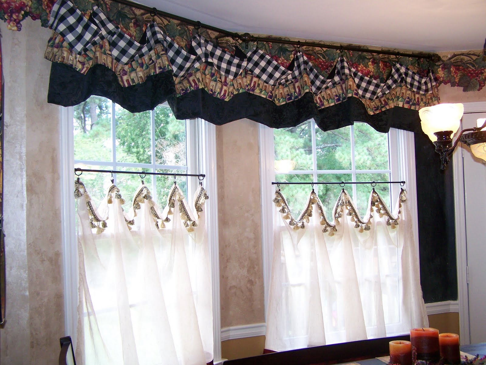 Curtains patchwork curtains on pinterest patchwork for Valance curtains for kitchen