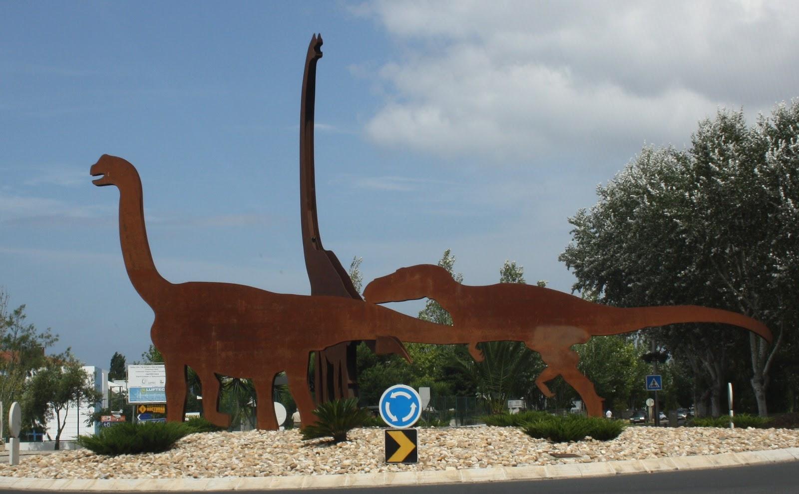 Lourinha Portugal  city photos : Viajar e descobrir: Portugal Lourinhã Rotunda dos Dinossauros