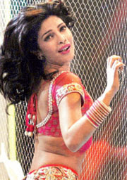 Priyanka to give `Munni`, `Sheila` a run for their money!