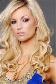 Matagi mag beauty pageants rosanna davison miss world 2003 name rosanna diane davison altavistaventures Choice Image
