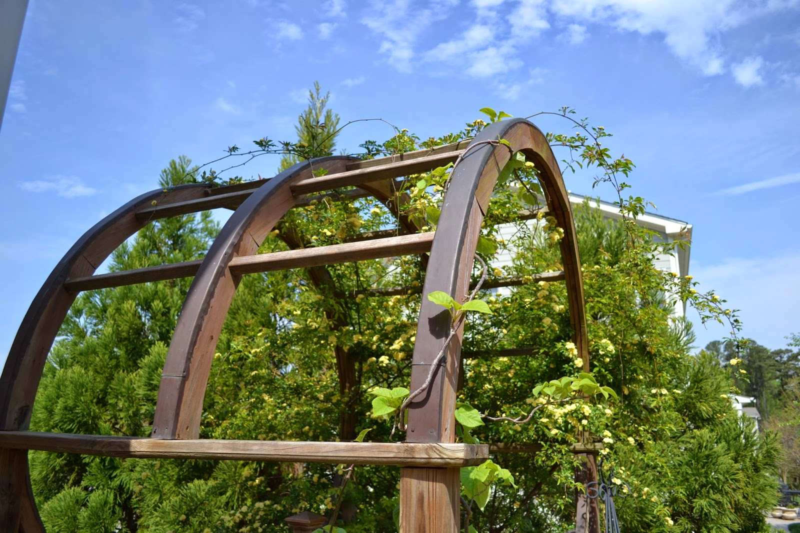 garden-arbor-copper-trim