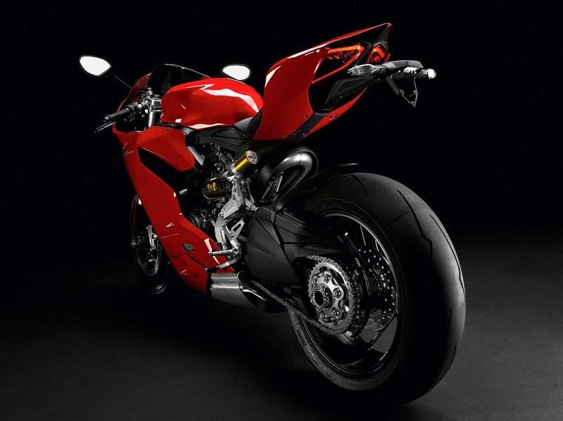 Ducati 1199 Panigale, Motor dengan Desain Terbaik 2014