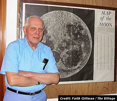 Veteran UFO Researcher, Ray Fowler Teaches Class on The Unexplained