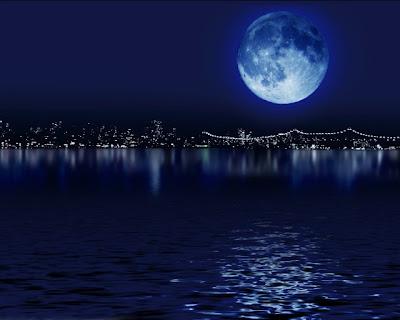 Bulan Berwarna Biru pada 1 September 2012