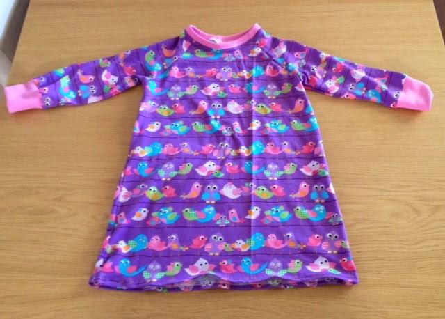 lyserøde elefanter trøje