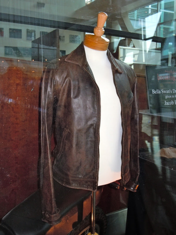 Taylor Lautner Twilight breaking Dawn leather jacket
