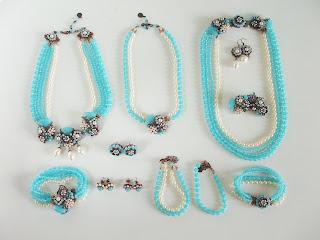 vintage stiilis ehted romantilised naiselikud komplektid kristallidega ehtekivid kaelakee käekett pross kõrvarõngad