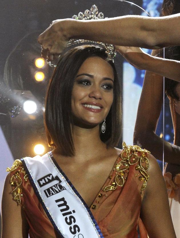 miss switzerland schweiz wahl 2011 winner alina buchschacher