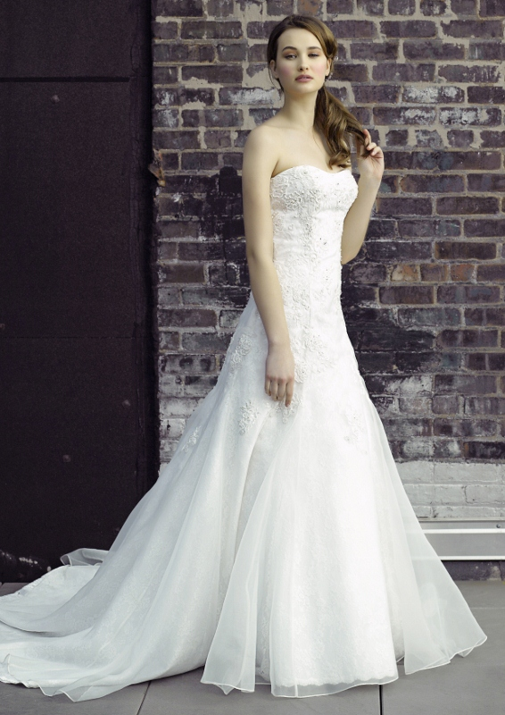 Wedding Dresses  Sydney : Couture wedding gowns sydney