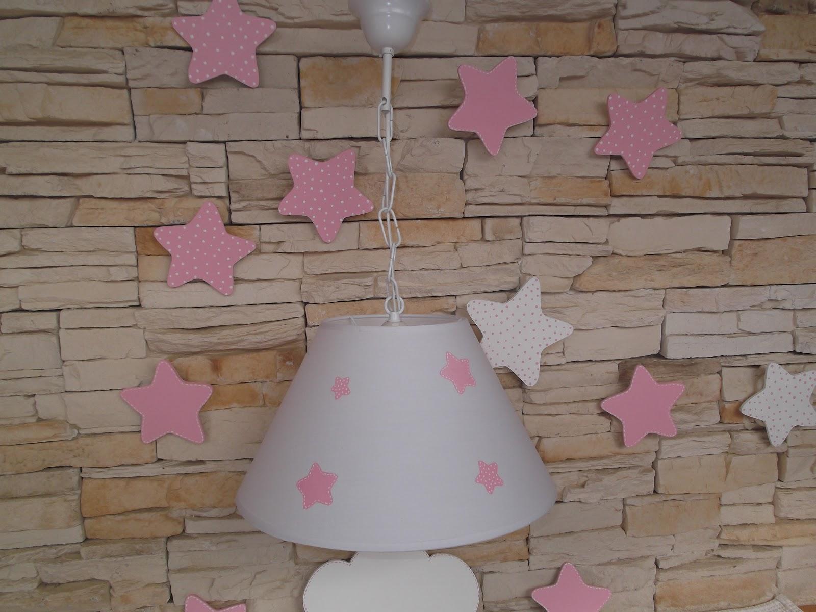 Decoraci n infantil pekerines lampara con estrellas rosas - Estrellas decoracion infantil ...