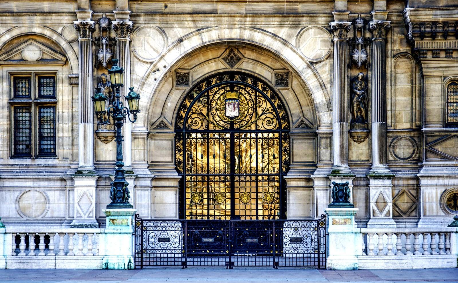 Golden door! & ParisDailyPhoto: Golden door!