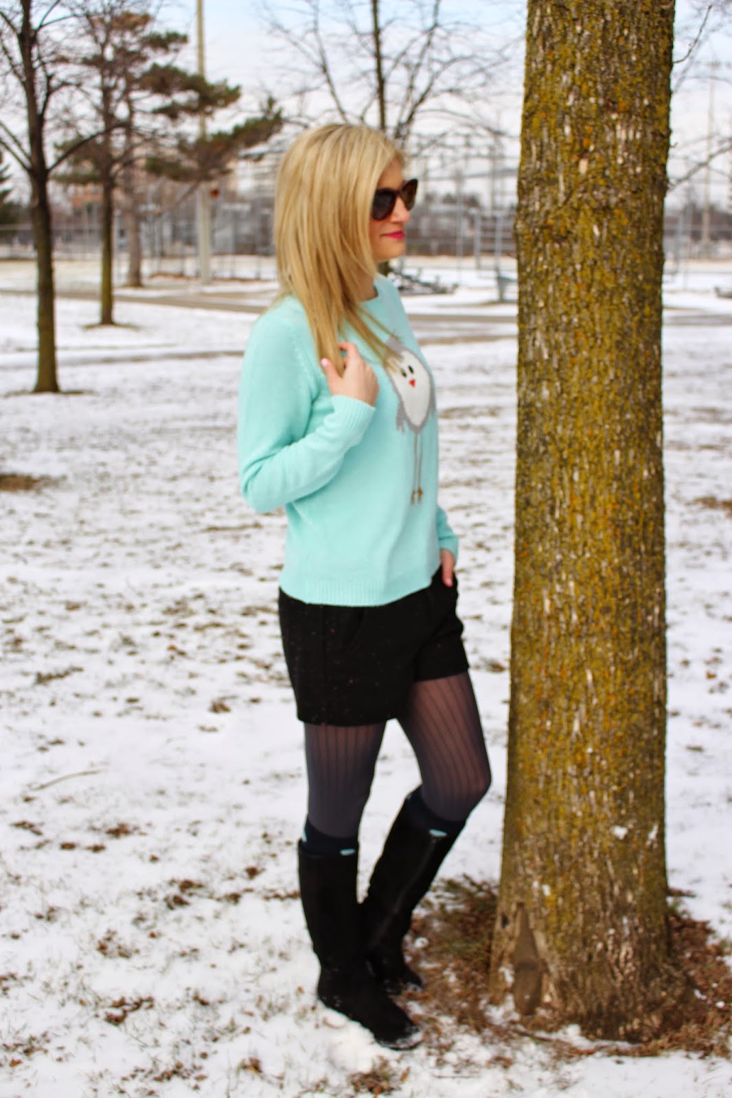 bijuleni - winter shorts with mint sweater