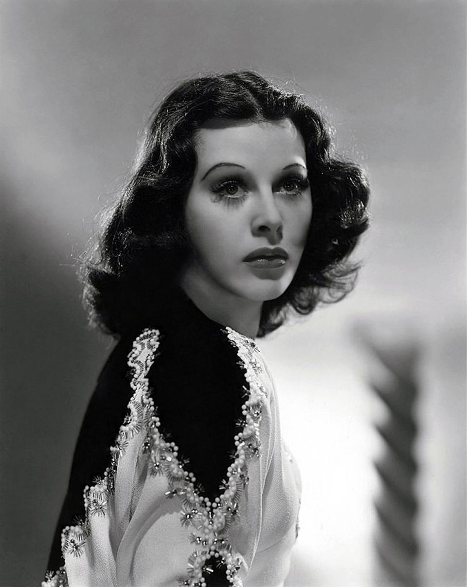 Hedy Lamarr Nude Photos 34