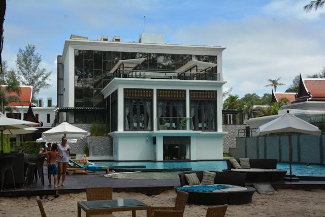 Mai Khao Beach hotel