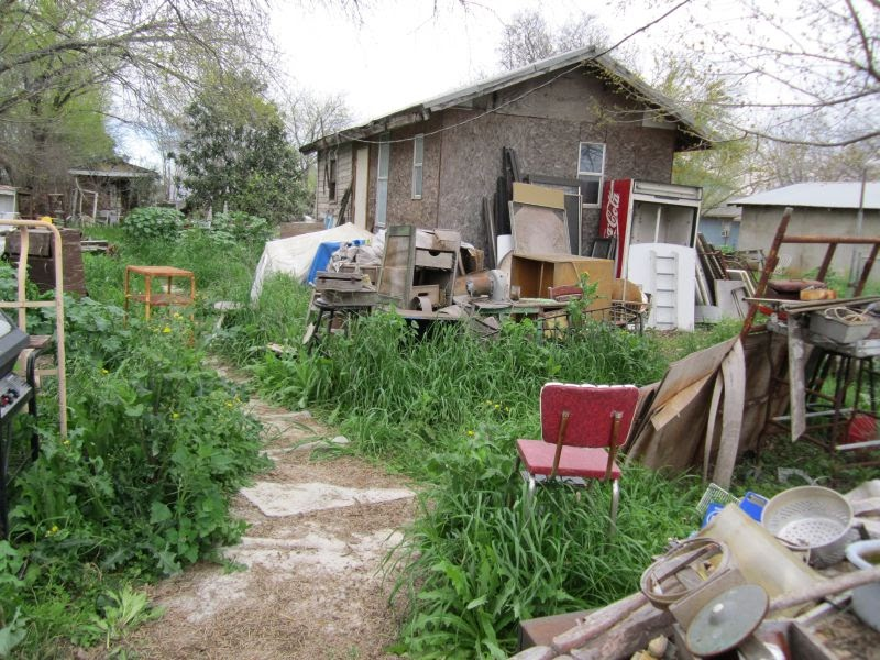 Living Out Here Pickers Meets Hoarders