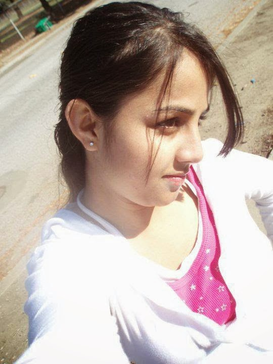 Indian beautiful student girl