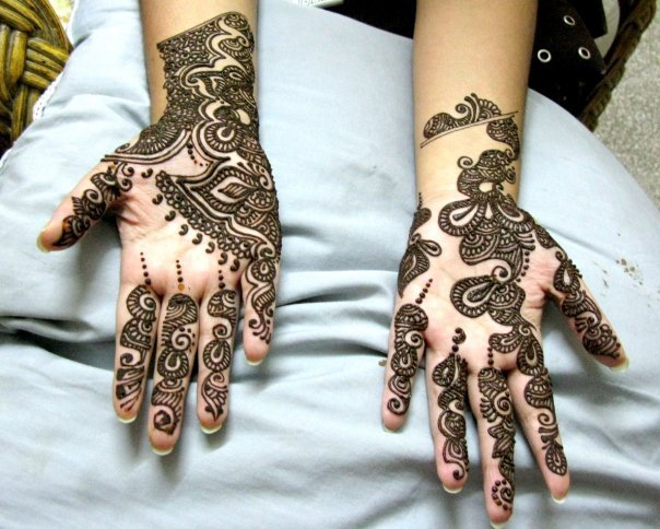 New Mehndi Patterns : Latest mehndi designs for hands