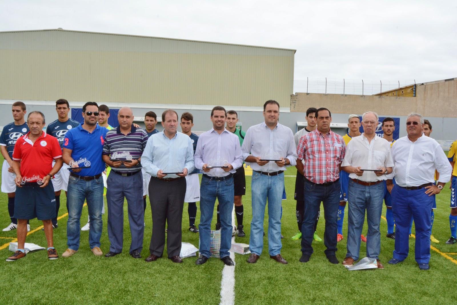 Inauguraci n nuevo c sped artificial campo de f tbol autoridad portuaria de las palmas - Cesped artificial las palmas ...