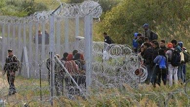 Γίνονται πρόσφυγες για να γλυτώσουν από τη φρίκη του πολέμου και θα πεθάνουν στην άλλη φρίκη…