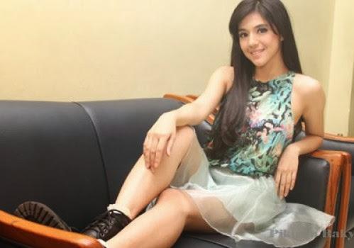 ... DJ UnA Disini . Berikut ini Kumpulan Foto DJ Una Putri Dahsyat RCTI