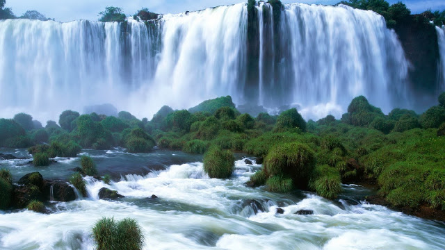 Top HD Beautiful Water Falling Wallpapers