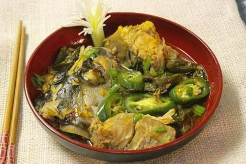 Vietnamese Fish Recipe - Đầu Cá Kho Ớt Xanh