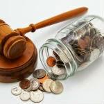 Funcionarios, recortes e xustiza