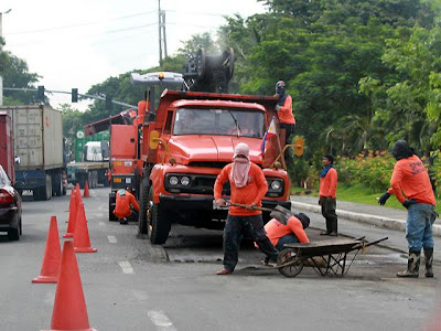 dpwh-road-repair
