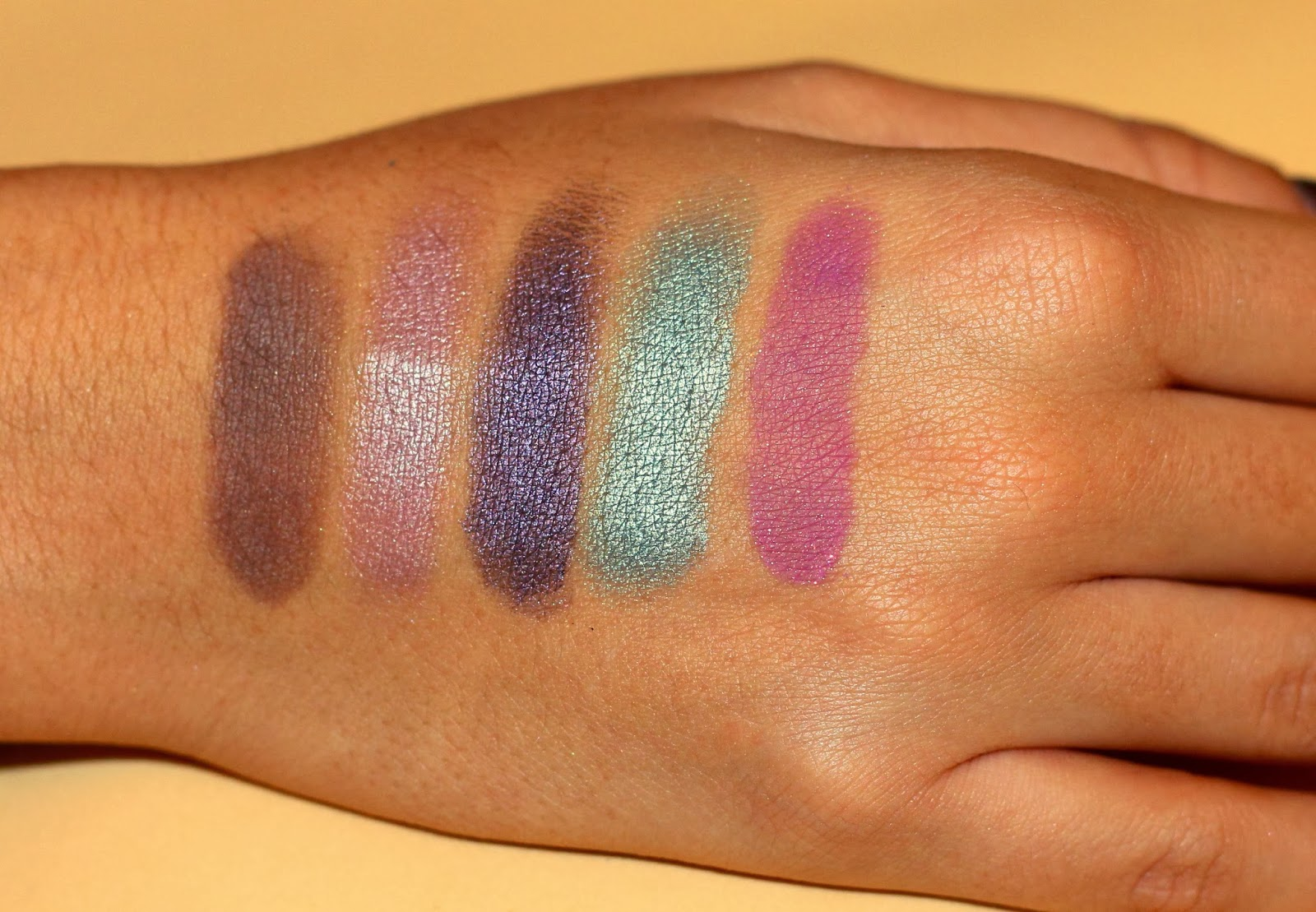 Too faced swatches eyeshadows