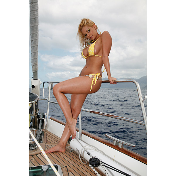Jiggly girls sailor