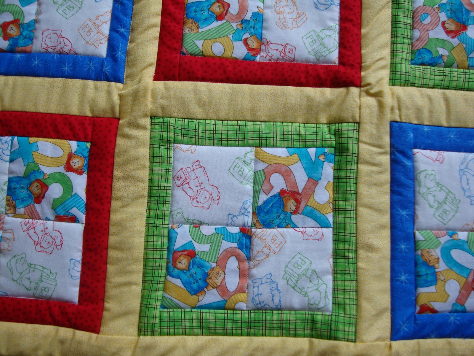 Jen's Crafts and Quilts Scrapbook: 2009 Paddington Bear quilt : paddington bear quilt - Adamdwight.com