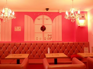 Hello Kitty cafe seating