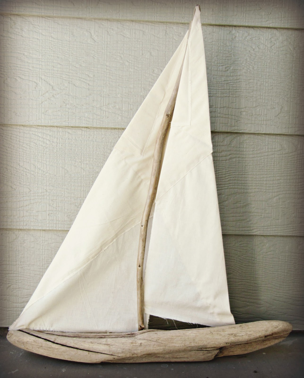 Driftwood sailboat the wicker house for Diy driftwood sailboat