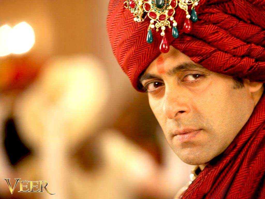 http://2.bp.blogspot.com/-FaGK9gOxPRE/Tp2qH2cYBMI/AAAAAAAAABY/OiKxVhdLeTM/s1600/Salman+khan+wallpapers+Download+salman+khan+desktop+wallpaper+free+pc+desktop+veer+movie.jpg