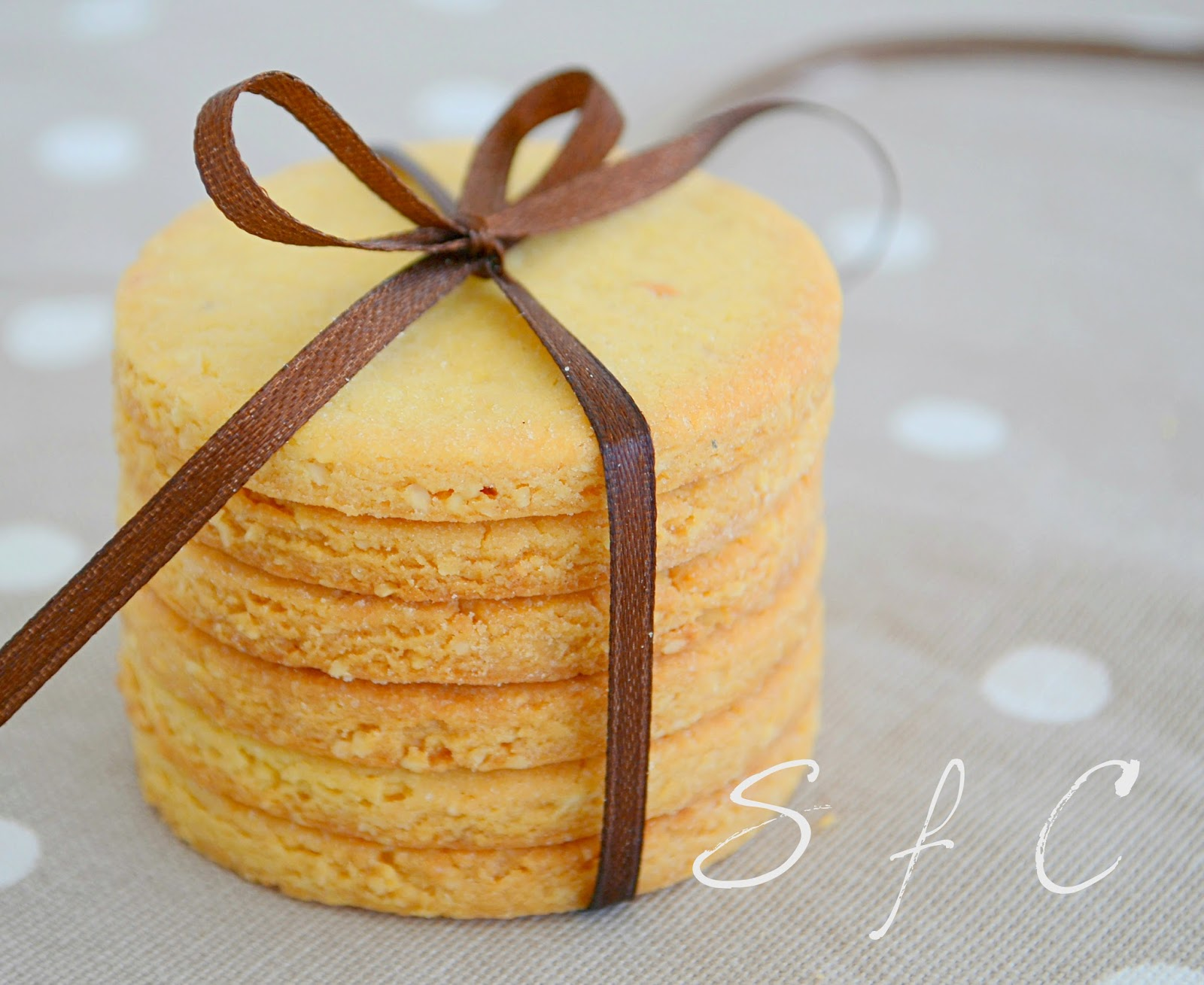 Μπισκότα βουτύρου – αμυγδάλου