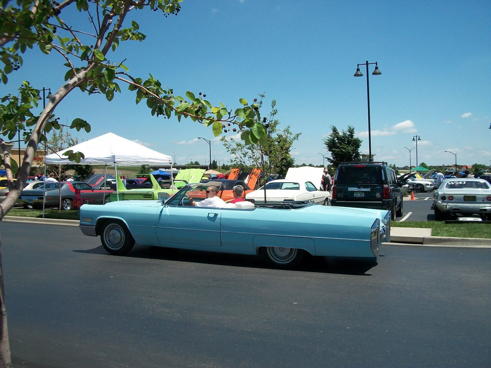 South Kansas City Observer: Antique and Classic Cars Abound on KC ...