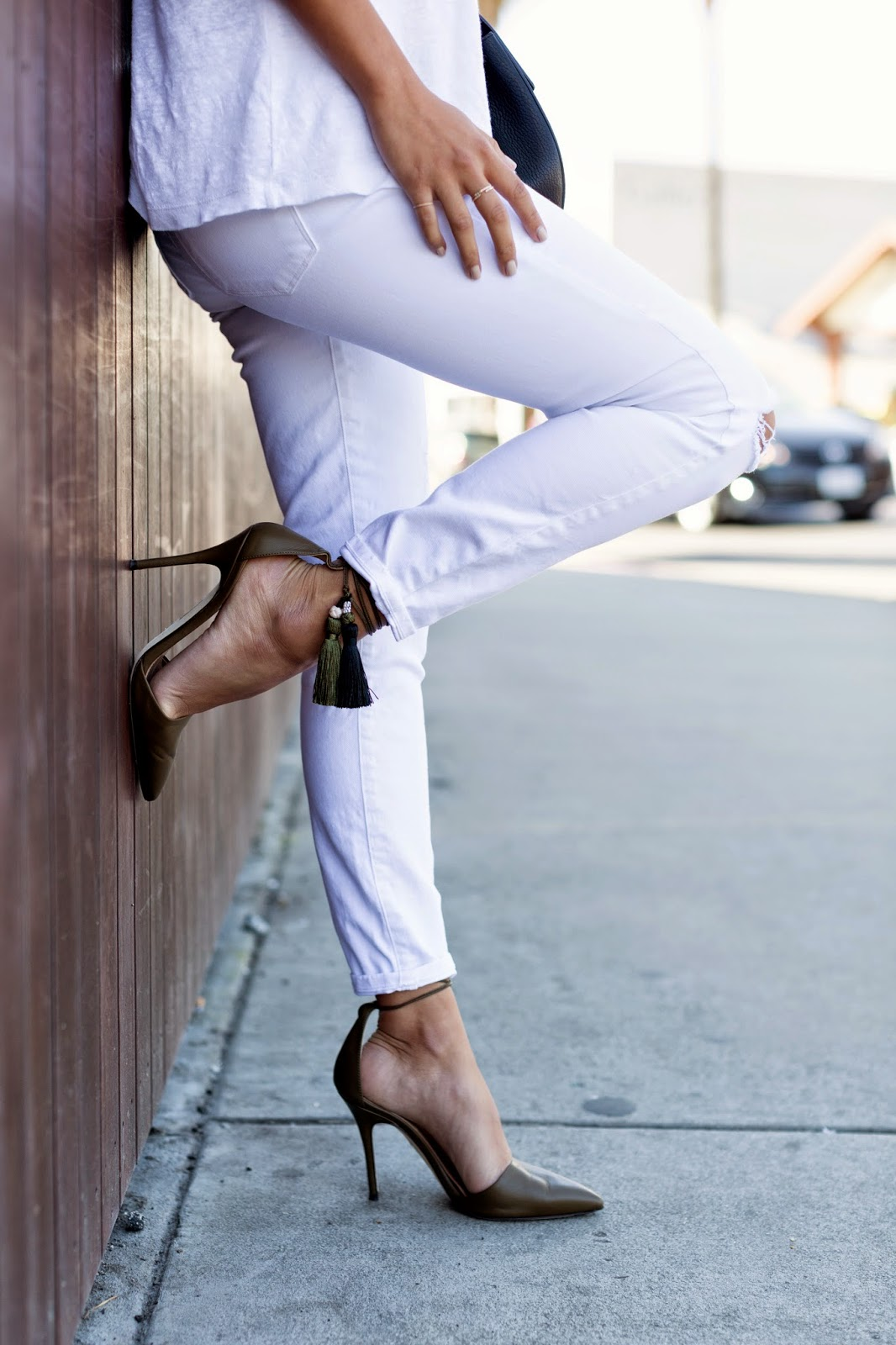 j crew tassel heels, white distressed denim, t by alexander wang top, venice beach, abbot kinney, all white outfit, chloe bag