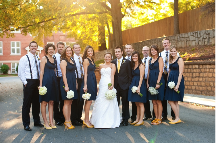 What color shoes to wear with navy and yellow dress for What color shoes with navy dress for wedding