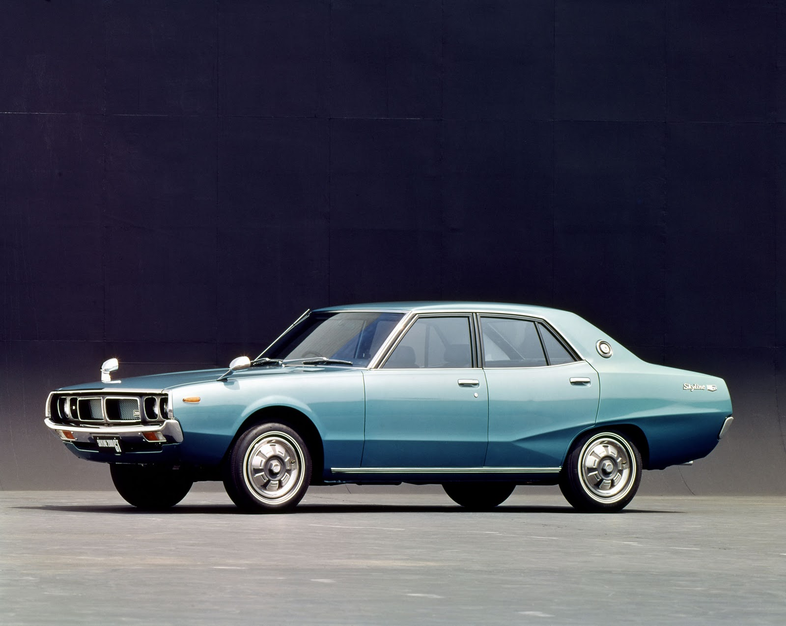 Karznshit 72 Nissan Gc110 Datsun 240kgt